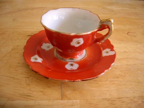tiny tea cup