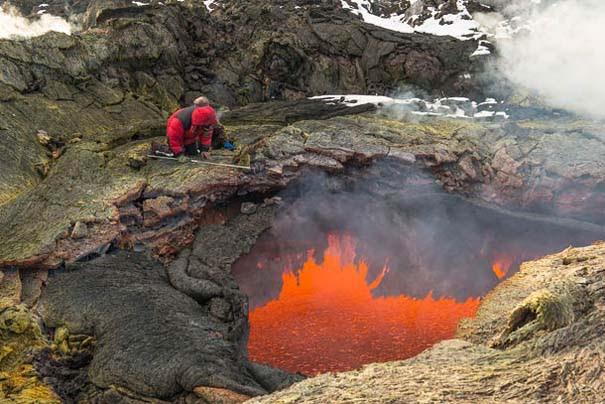 Φωτογραφίες από την καρδιά ενός ηφαιστείου που εκρήγνυται (10)