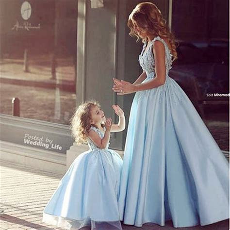 2017 Newest Design Family Matching Wedding Dress for