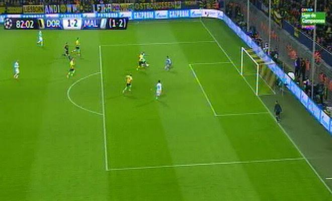 El portugués remató en fuera de juego en el segundo gol blanquiazul.