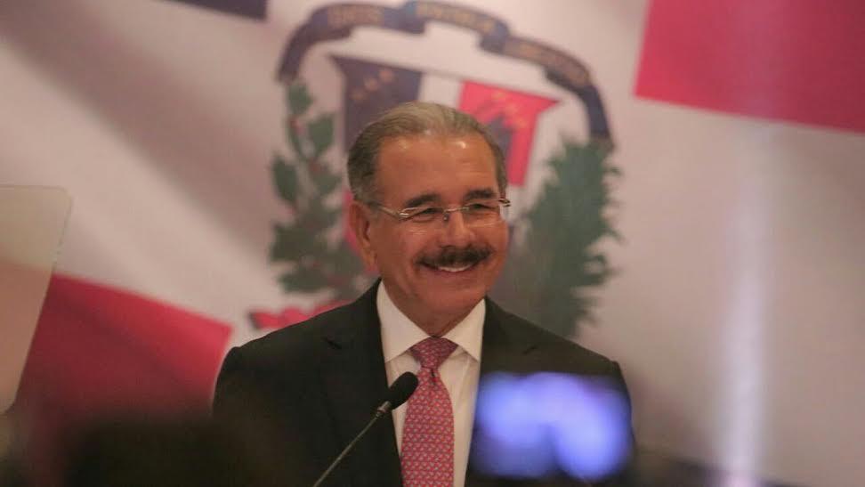 Medina promete reforma policial y leyes para aumentar la seguridad