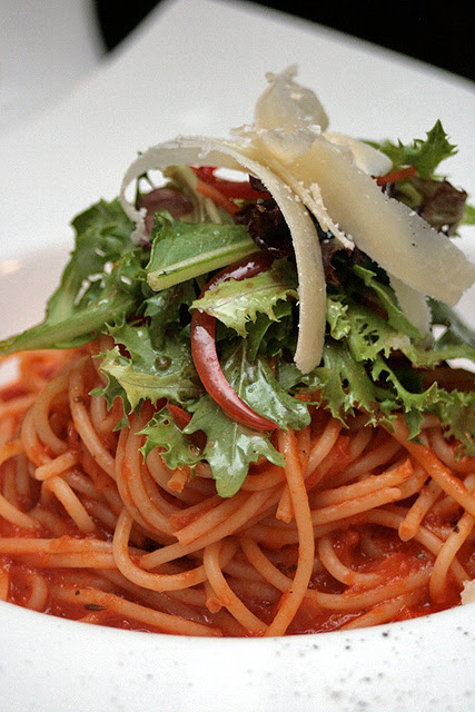 Spaghetti With Mediterranean Tomato Sauce, Olive Oil and Parmesan