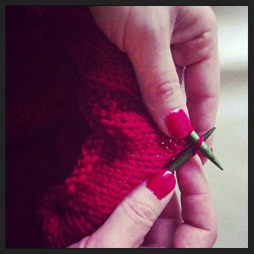 Knitting in a Christmas mood:) Lavorando a maglia in atmosfera natalizia:)