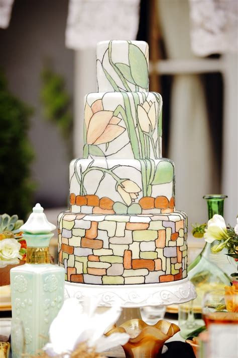 24 Pretty Perfect Art Deco Cakes   Aisle Perfect