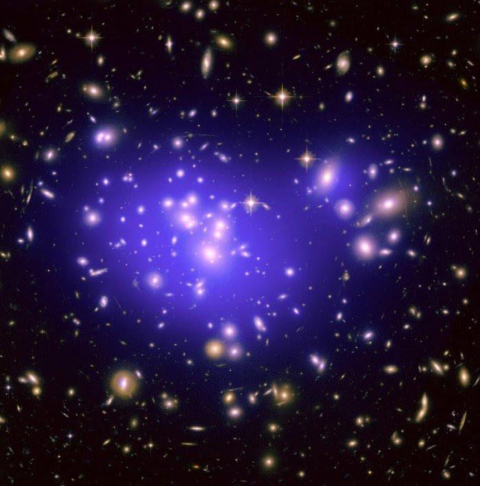 20 потрясающих фотографий космоса с телескопа Хаббл