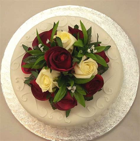 Cake Decorations   Ivory & Burgundy Rose Luxury Cake