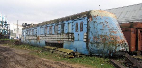 Perierga.gr-Ατμομηχανή του 1970 ξεπερνούσε την ταχύτητα σύγχρονων τρένων
