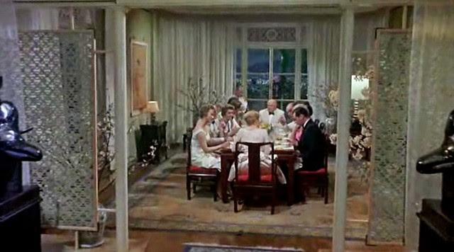 worldofsuziewong_diningroom