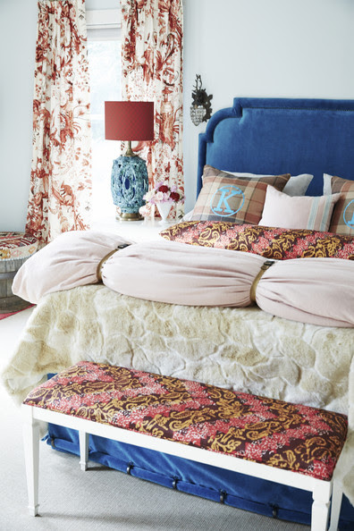 Bedroom - Layers of pattern on the bed.