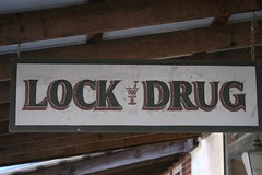 lock drug sign