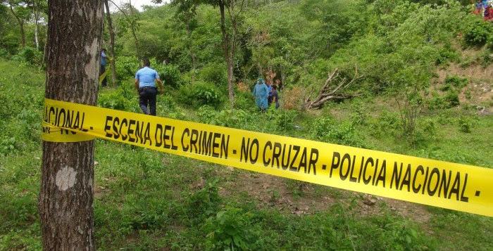 SANTIAGO: Acribillan hombre y arrojan cuerpo a unos matorrales