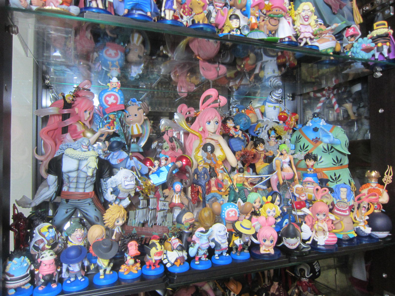 ワンピースフィギュアケース 魚人島編 南国の遊び部屋