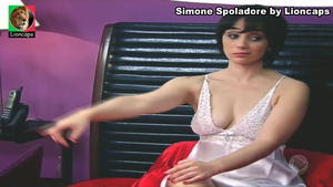 Simone Spoladore sensual em vários trabalhos