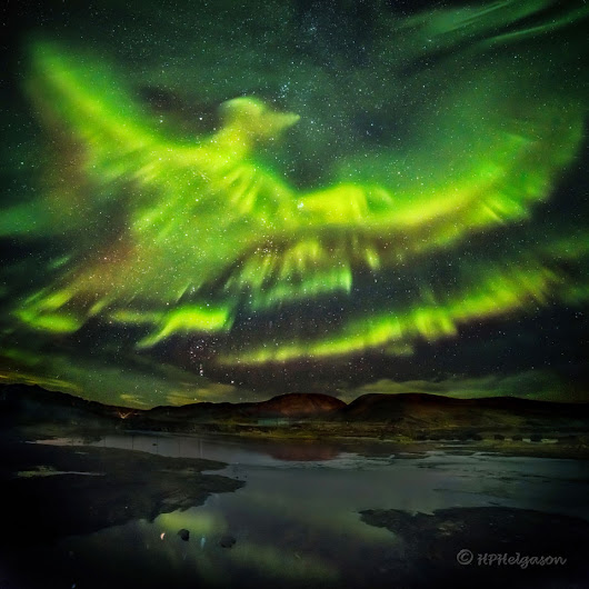 APOD: 2016 March 16 - A Phoenix Aurora over Iceland