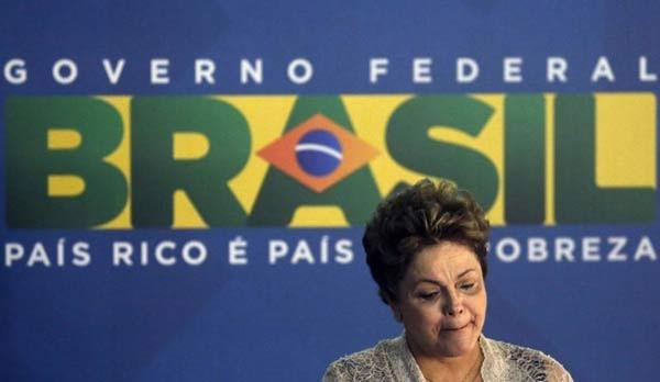 Dilma caiu seis pontos nas intenções de voto