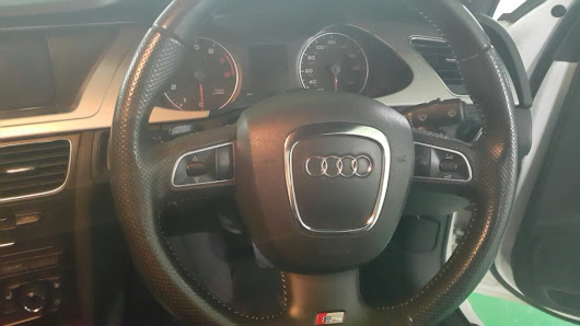 Audi S5 Car Rental Malaysia | Wedding & Personal Driving