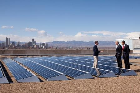 Why Investing in Solar Energy Is Attracting the Big Boys