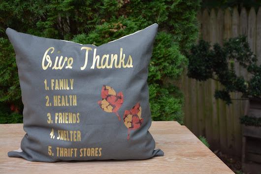 Tutorial: How to Sew a DIY Pillow For Thanksgiving