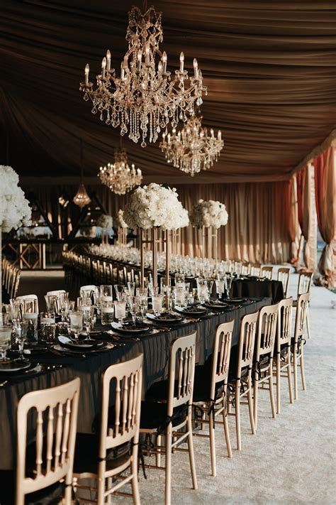 A Sophisticated & Glamorous Gatsby Inspired Wedding at the