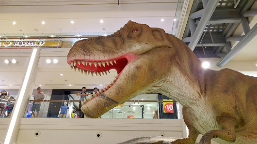 Rawr! Dinosaurs Unearthed – May 27, 2017 - The Scribbling Geek