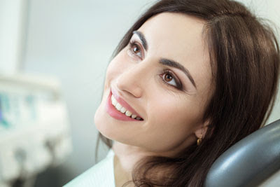 Get an Aesthetically Pleasing Smile From a Cosmetic Dentist