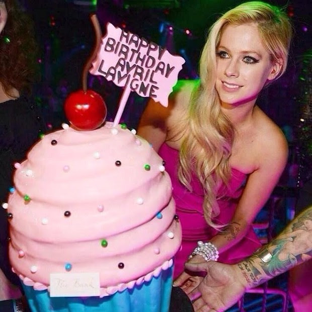 Avril Lavigne comemora aniversário (Foto: Instagram/ Reprodução)