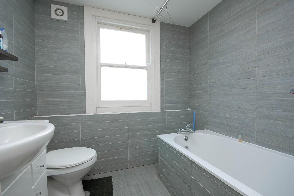 Grey  Bathroom  Design Ideas  Photos Inspiration