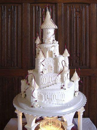 17 Best ideas about Castle Wedding Cake on Pinterest