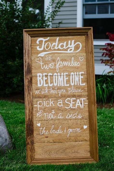 30 Rustic Wedding Signs & Ideas for Weddings   Deer Pearl