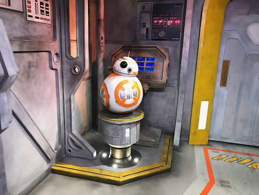 Fast Friday: BB-8 Meet and Greet | The Casual Runner