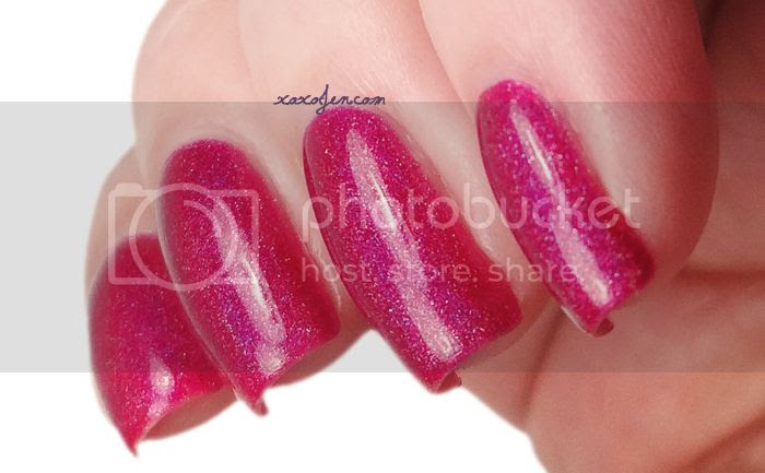 xoxo, Jen's swatch of Glitterdaze Pop Pink Bubbly nail polish