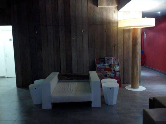 déco hall d'entrée - Picture of Bwa Chik Hotel & Golf, Saint ...