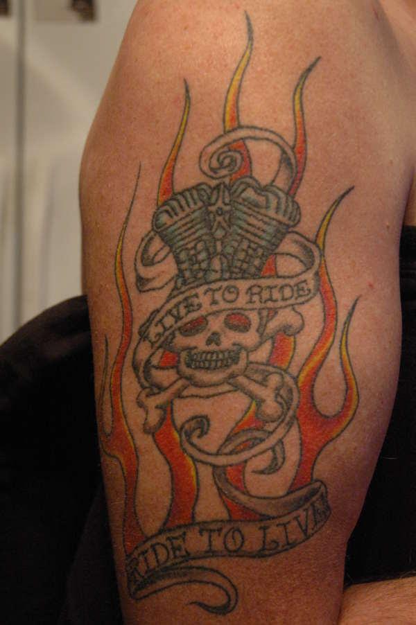 Ride To Live Biker Tattoo Tattoomagz