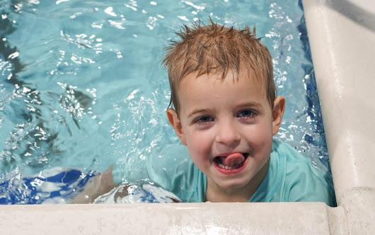 5 Reasons to Start Swim Lessons for Kids Today!