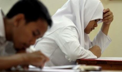 Ujian Nasionalnya Bahasa Inggris, Soalnya Kok Matematika