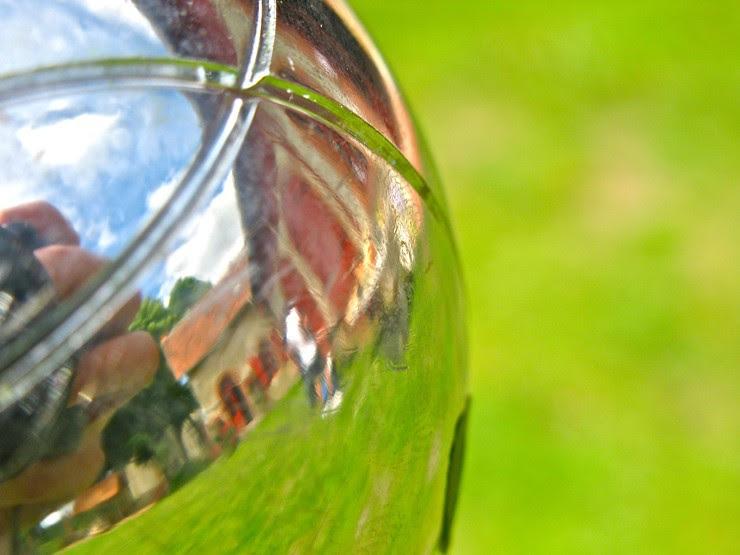 Boule reflection