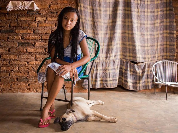 Exposição fotográfica retrata cotidiano e sonhos de jovens mulheres do Piauí (Foto: Daniele Rodrigues/Divulgação)