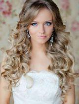 acconciature sposa capelli mossi - Sposa con i capelli corti tante idee per l