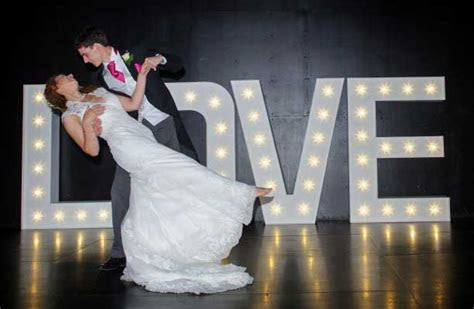 Wedding dance lessons reviewed by first dance clients
