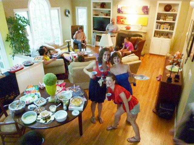 P1020839-2010-07-04-4th-July-Big-Room-Hams