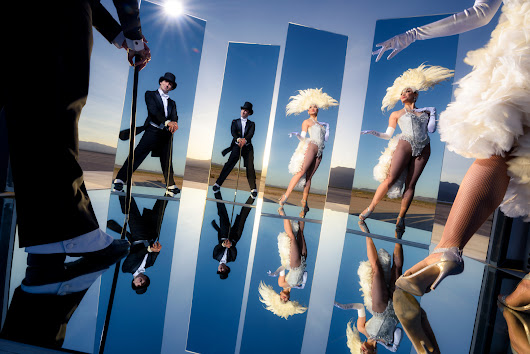 Mirrors and Lighting in Las Vegas | Joe McNally Photography