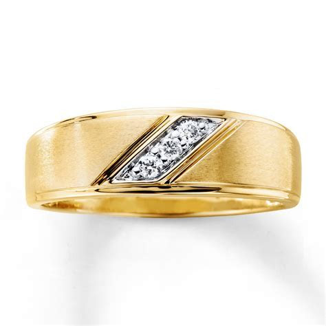 Men's Diamond Wedding Band 1/10 ct tw 10K Yellow Gold