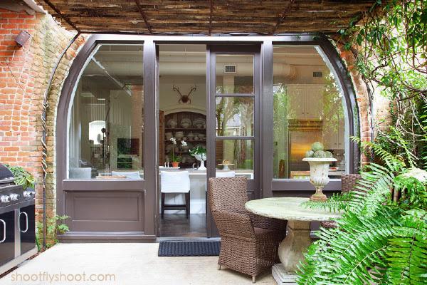Atchison Αρχική | τοξωτή πόρτα | Κουζίνα | Αυλή