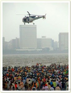 coast-guard-chopper-ganesha-visarjan