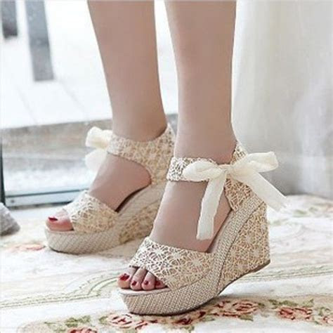 25  best ideas about Bridal wedges on Pinterest   Wedding