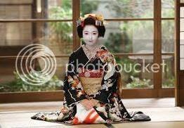 photo maiko.paper.doll.0003_zpsiskzphkt.jpg