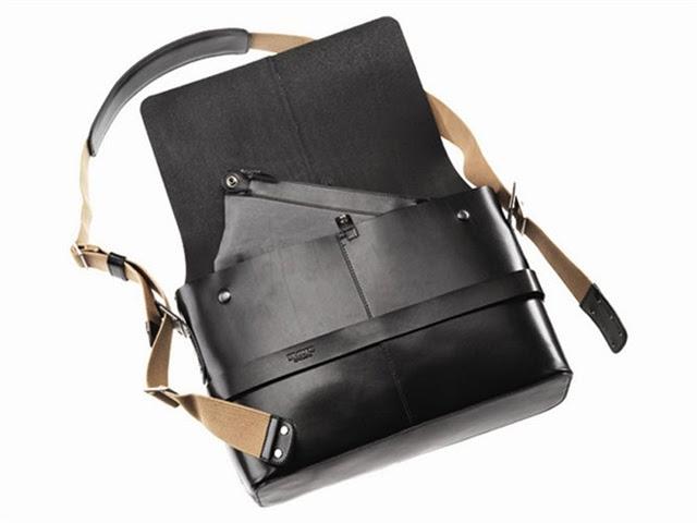 Brooks Barbican leather shoulder bag 02