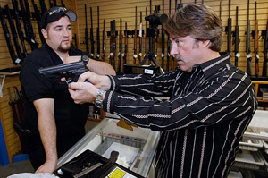 1 Gun Store Etiquette