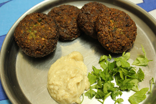 Falafel and garlic tahini sauce
