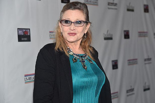 Carrie Fisher Suffers Heart Attack on Plane (Report)